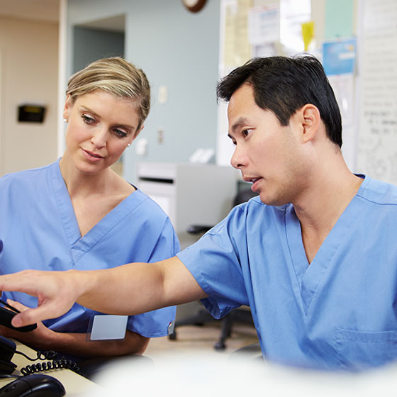 how to become a clinical assistant